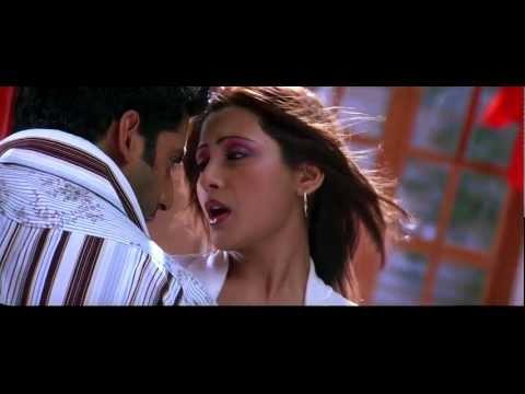 Koi Nahi he kamre mein song in Dhoom