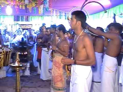 Panchari Melam Arangettam at Chathakudam Sreedharma Sastha Temple 2006