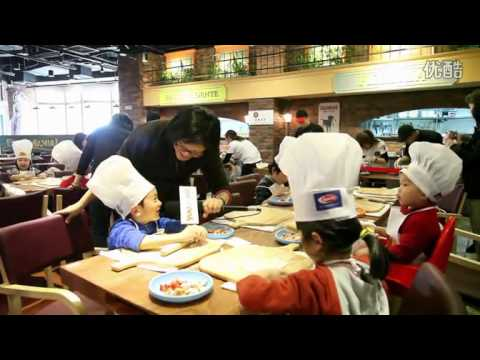 Kids have fun at PastaMania Shanghai's Pasta Making Class