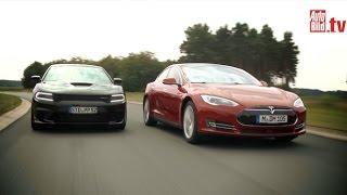 Tesla Model S vs. Dodge Charger Hellcat (2015) - Review/ Test/ Fahrbericht/ Sound