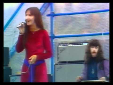 Steeleye Span - (3/3) 30 June 1971. Live on Ainsdale Beach nr Southport, England.
