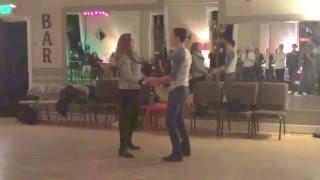 Beginner Swing Dance | How to Dance the Jitterbug