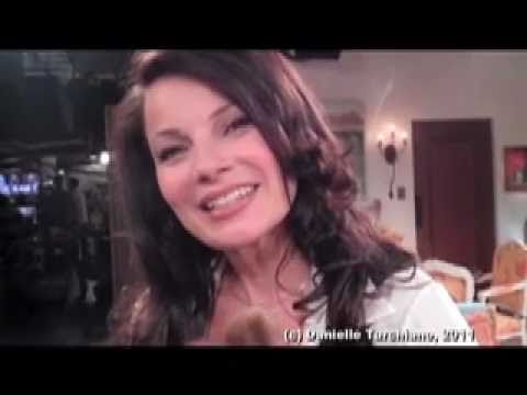 Fran Drescher talks about the mini 'The Nanny' reunion on 'Happily Divorced'