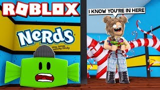 HIDING AS CANDY!! | Roblox Blox Hunt