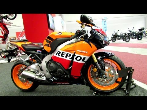 2013 Honda CBR1000RR Repsol - Walkaround - 2013 Montreal Motorcycle Show