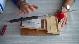 Самодельная точилка для заточки ножей обзор.(В моей конструкции использованы лучшие решения найденные на просторах интернета и оригинальные, облегчающ..., 2014-10-01T18:10:38.000Z)