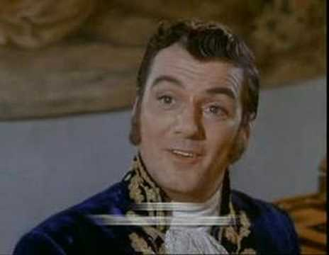 Star Trek - John DeLancie compares Q to Trelane...