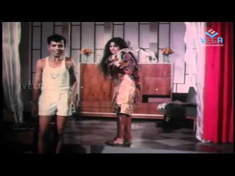 Enna Muthalali Sowkiyama : Awesome Jayabarathi With Nagesh