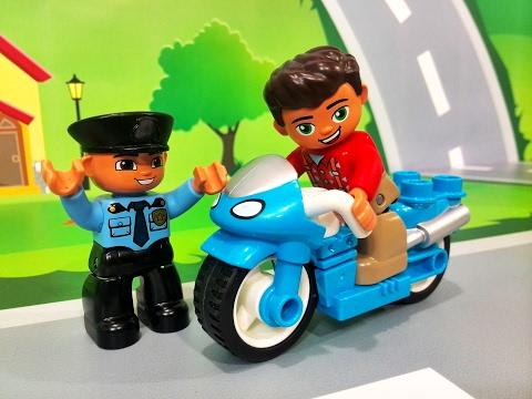 Смотреть Черепашки Ниндзя: видео про #игрушки для мальчиков. Машинки и скейтборд!