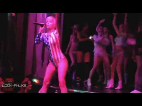 Miley Cyrus Look-a-like Contest at the Admiral Theatre Chicago