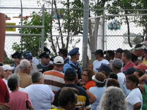 Viequenses Protest for better Maritime Service.wmv
