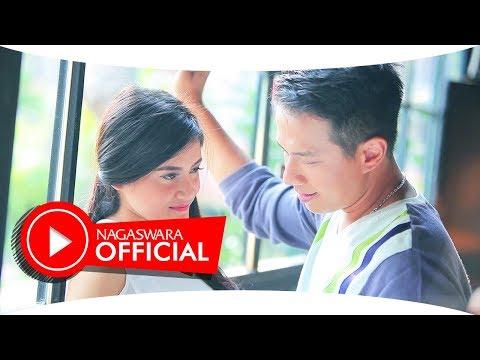 Delon - Kamu Cukup (Official Music Video NAGASWARA) #music