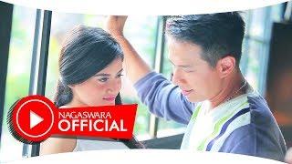 Download lagu Delon - Kamu Cukup (Official Music Video NAGASWARA) #music Mp3