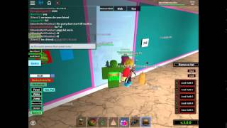 Roblox// Beach House Roleplay// TROLLING Part 1