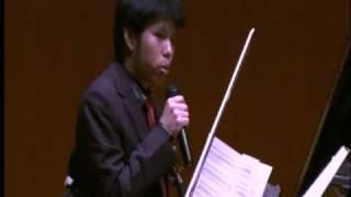 演奏者紹介&シャエンゴウ氏による日本語挨拶。 日本開国150年を記念し...
