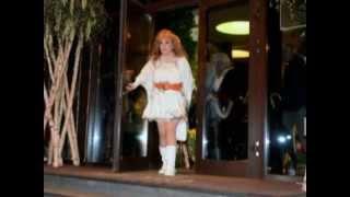 Алла Пугачева сильно похудела(Примадонна похудела на 30 килограмм. Говорят, что Пугачева воспользовалась услугами пластических хирургов...., 2013-04-22T14:04:49.000Z)