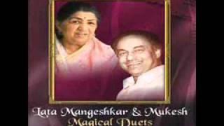 Pyar ki rah par kiya batakne ka dar.Lata and Mukesh film Bari Bahoo