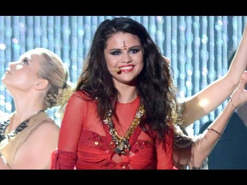 Selena Gomez Busted For Wearing Bindi In Come Get It Performance