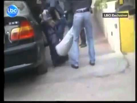 Lebanese men beating an Ethiopian maid in broad daylight