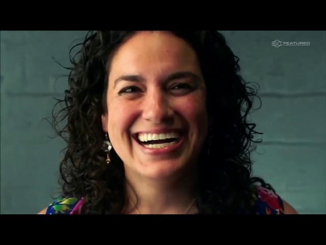Derek Jeter surprises, thanks frontline healthcare hero Dr.  Melissa Leber