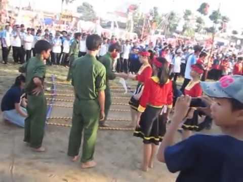 Tiết mục nhảy sạp lớp 10/1 THPT Sào Nam 2012-2015