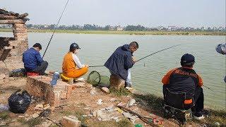 Nghỉ lễ tết dương lịch kéo nhau đi câu cá giải trí