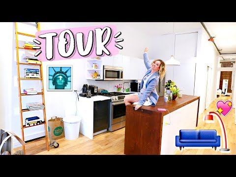 NYC Apartment Tour + New York Fashion Week!!