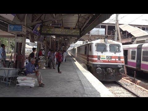 Repeatedly Honking Bandra Patna Humsafar Express Aggressively Skips Speed Enhanced Andheri, Mumbai