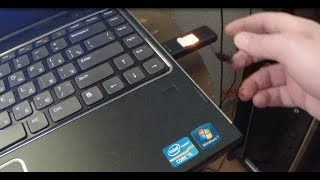 How to Boot From USB Flash Drive on Laptop and Desktop Computer