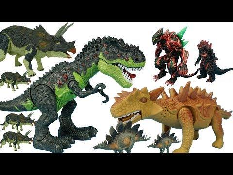 恐龙世界霸王龙头甲龙守护自己的宝宝恐龙蛋打击怪兽和三角龙剑龙