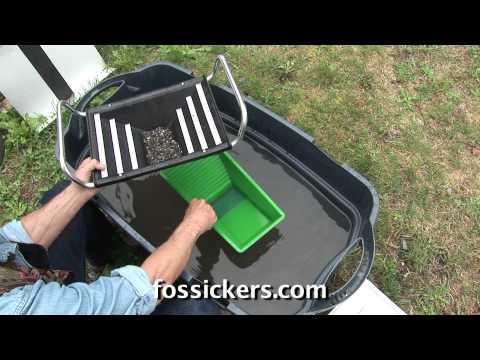 Pyramid Pro Gold Pan & Maverick Pan Demo by Inventor The Fossicker