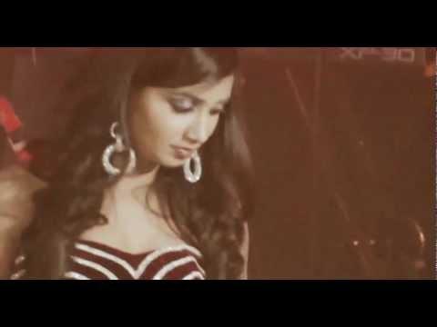 Shreya Ghoshal Live in Concert _Abudhabi_Teri Meri Prem Kahani