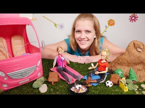 Spielspaß mit #Barbie - Wir machen ein Picknick -  Video mit #Puppen auf Deutsch