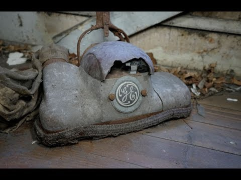 #137 Abandoned House on the Hill in Pennsylvania || OLD Vacuum cleaner