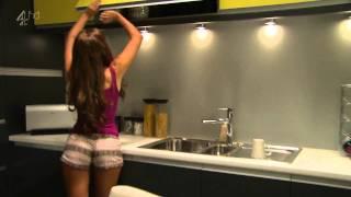 Rachel Shenton Shaking Her Ass In Tight Shorts [HD]