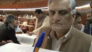Pakistan - National Assembly passes 18th constitutional amendment