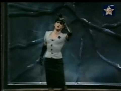MTV madonna drag queen tribute