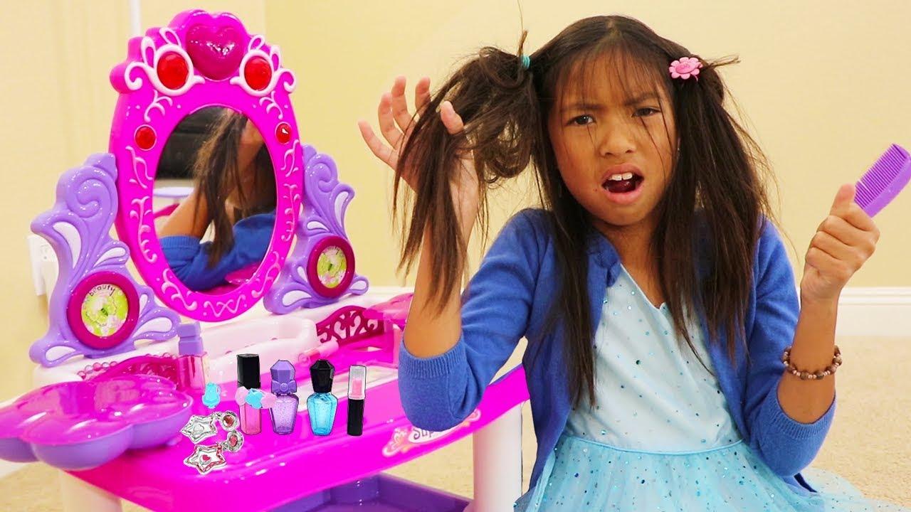 Princess Dress Up And Makeup Kids Toys