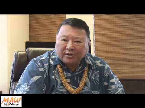 Maui Mayor Alan Arakawa Signs FY 2012 Budget, Disappointed in Cuts - June 13, 2011