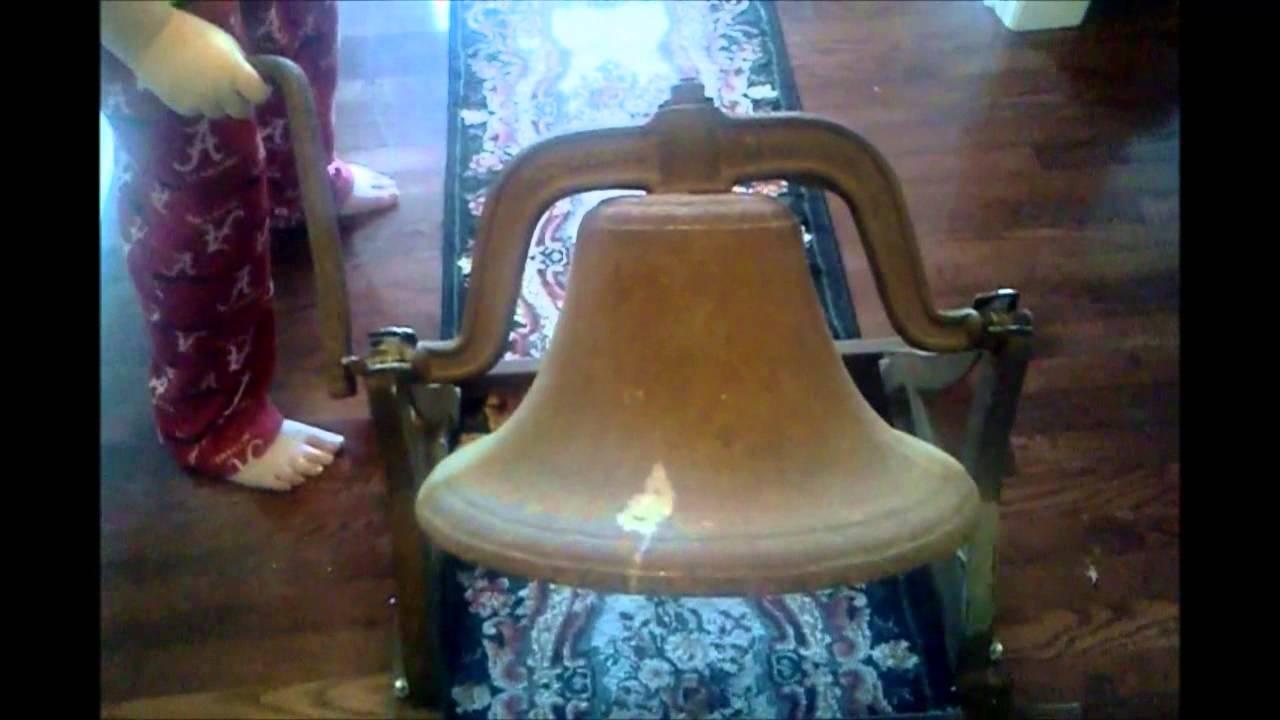 John Deere 4 School House Bell