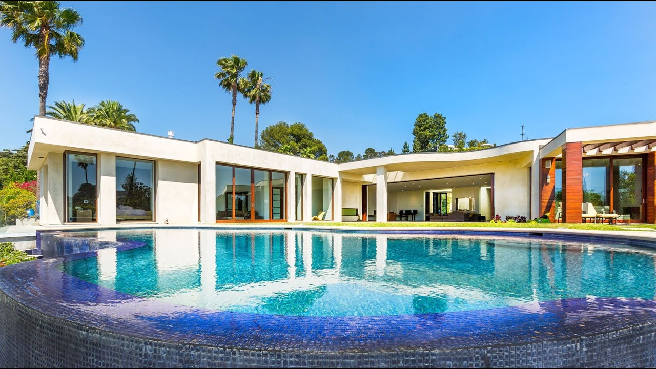 Breathtaking contemporary luxury home in beverly hills ca for Luxury homes for sale in beverly hills