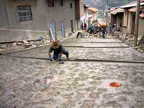 Pavimento empedrado del jr arco huandoval avanza youtube - Construir piscina en suelo no urbanizable ...