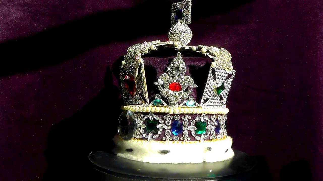 the imperial state crown the crown jewels copy fake replica faux tower of london youtube. Black Bedroom Furniture Sets. Home Design Ideas