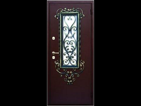 Металлическая дверь с окном и элементами холодной ковки.