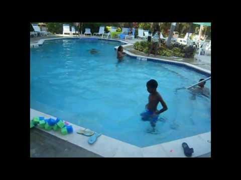 WATER FIGHT!! WINDSOR PARKER - Cayman Islands