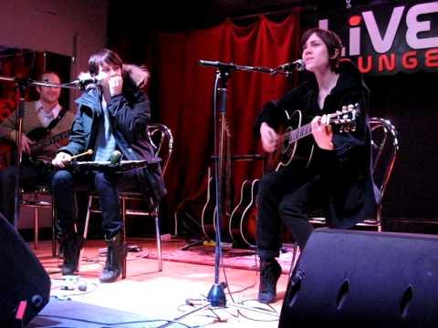 2/7 Tegan & Sara - Alligator as a Children's Song @ 88.5 Live Lounge, Ottawa, ON 1/23/10