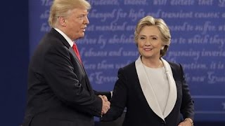 Trump, Clinton Tensions Play Out in Handshakes