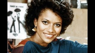 Remember Legendary Actress Debbie Allen? You'll Be Surprised To See How She Looks Like Today At 70!