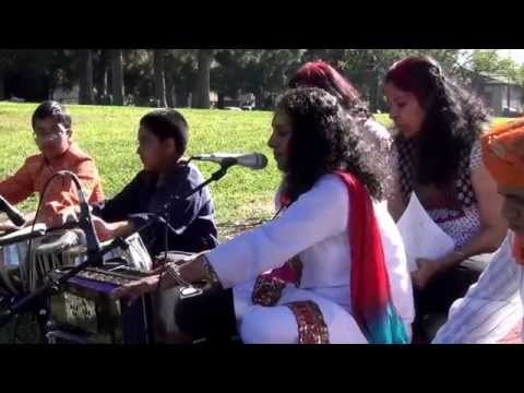 Bhojpuri Faguwa (फगुवा) sung by Swasti Pandey & Group at Fremont California USA