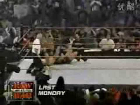 WWF Smackdown! 8-16-01 Part 8